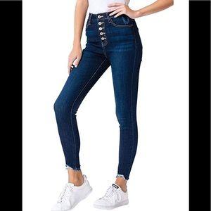NWT KanCan jeans with frayed hem 11/29